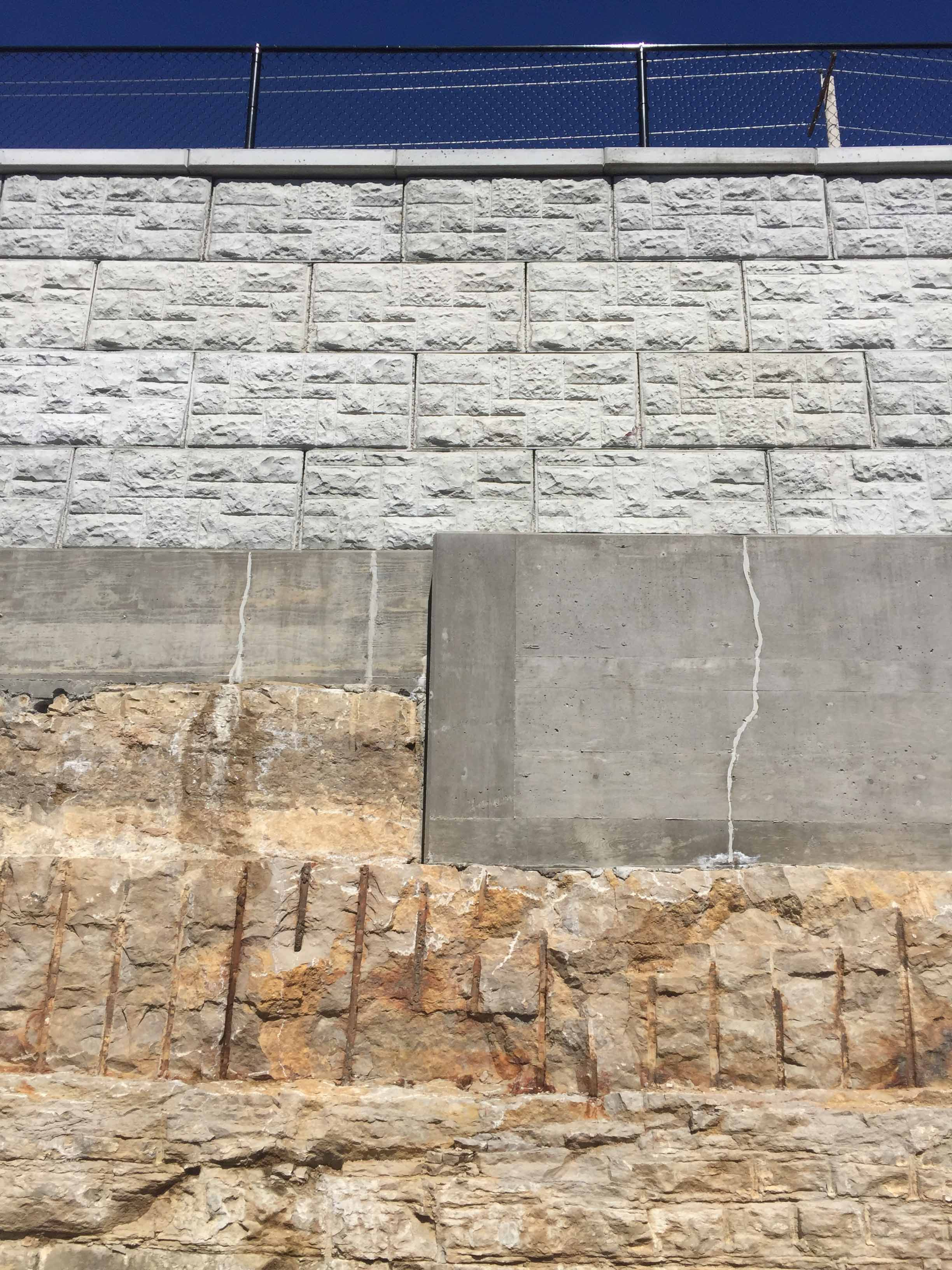 MaxumStone castle face retaining wall in st louis missouri