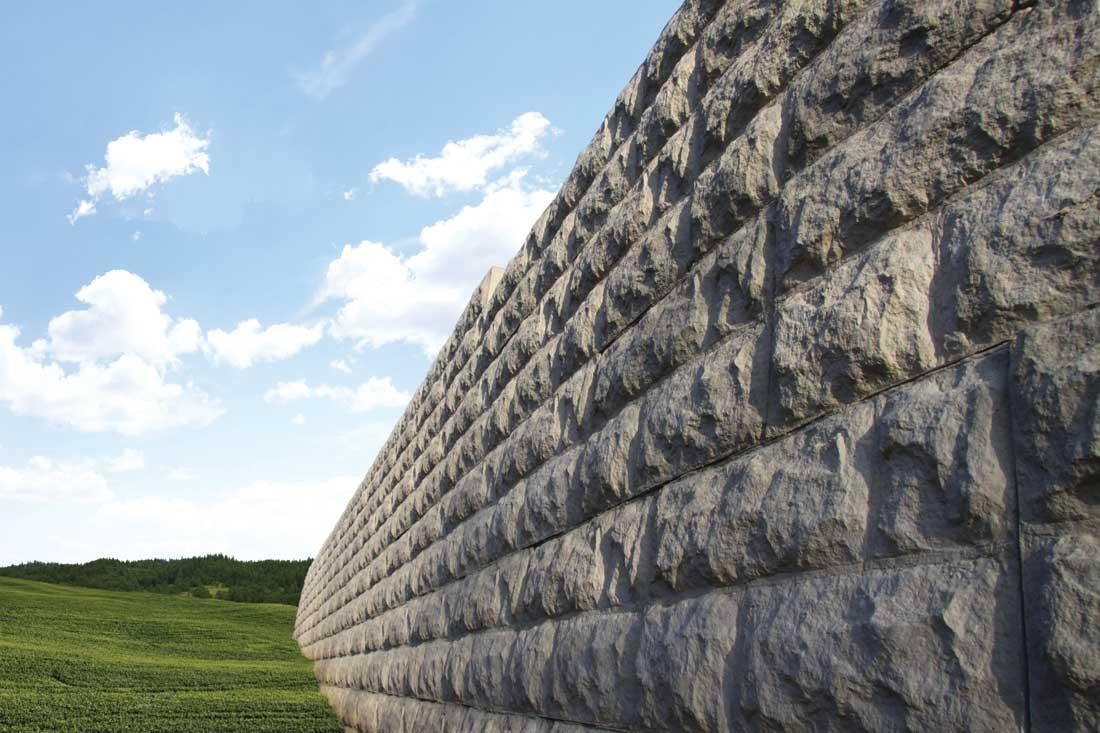 MaxumStone Block Retaining Wall Random Boulder Face