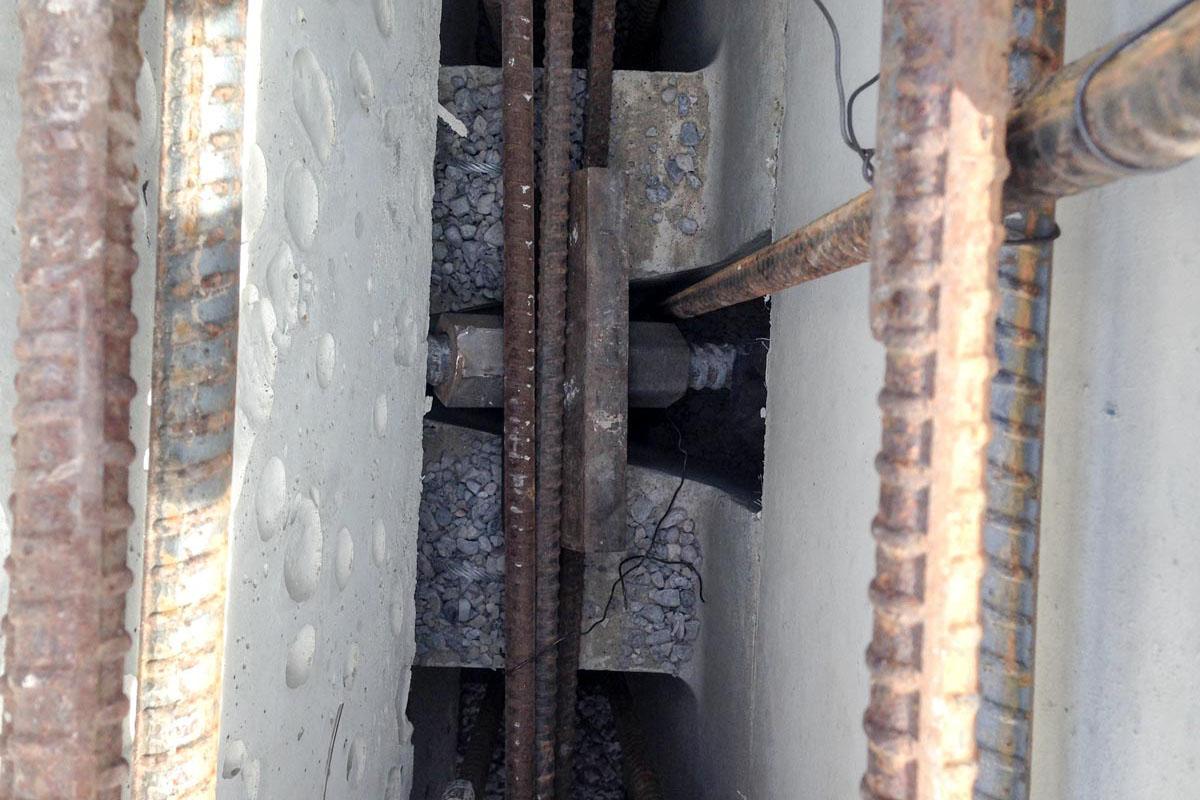 magnumstone-soil-nailing-retaining-wall-close-up