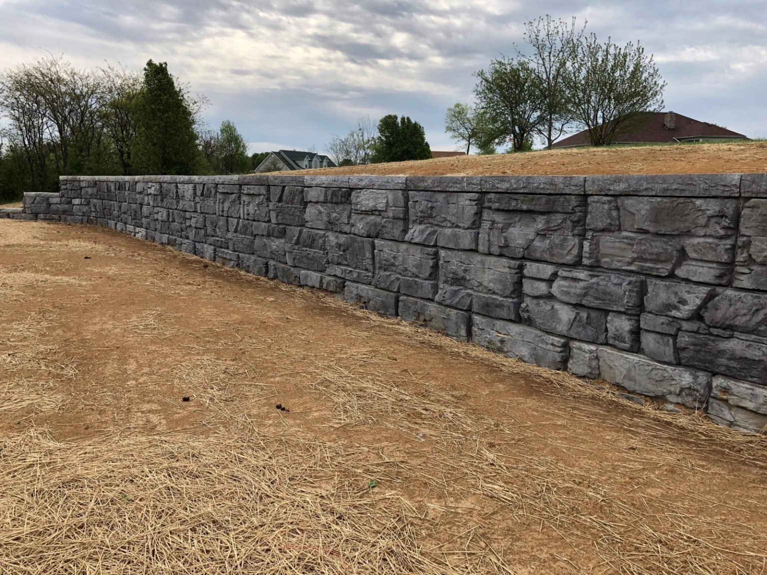 Finished MaxumStone Retaining Wall in Bardstown Kentucky